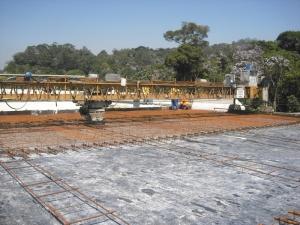 Rodoanel: concretagem do pavimento rígido